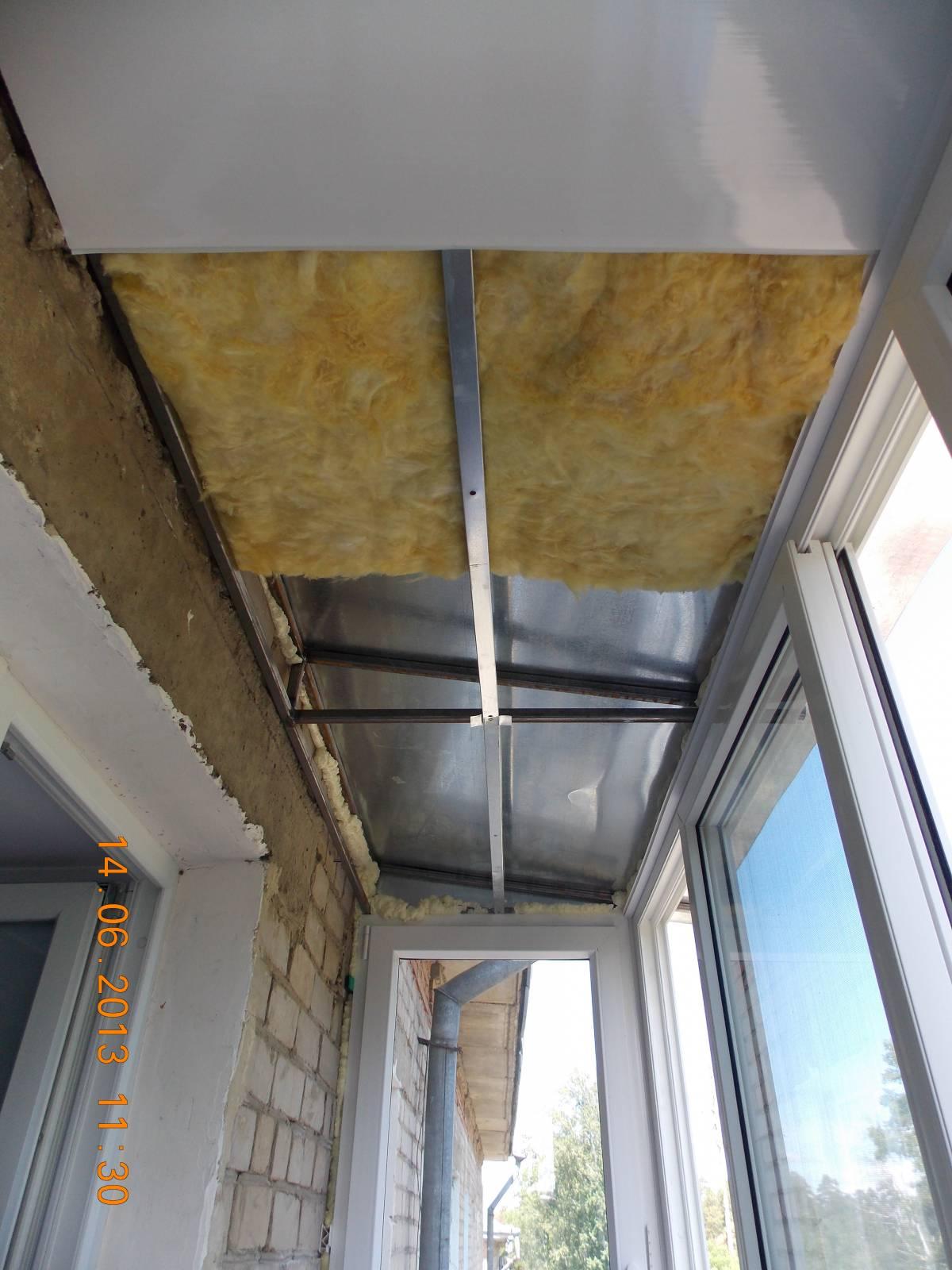 Как отделать потолок на балконе своими руками
